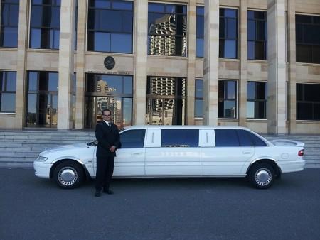 limousine-601462_640 (1)